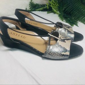Anyone  Lu handmade in Italy sandals size 11